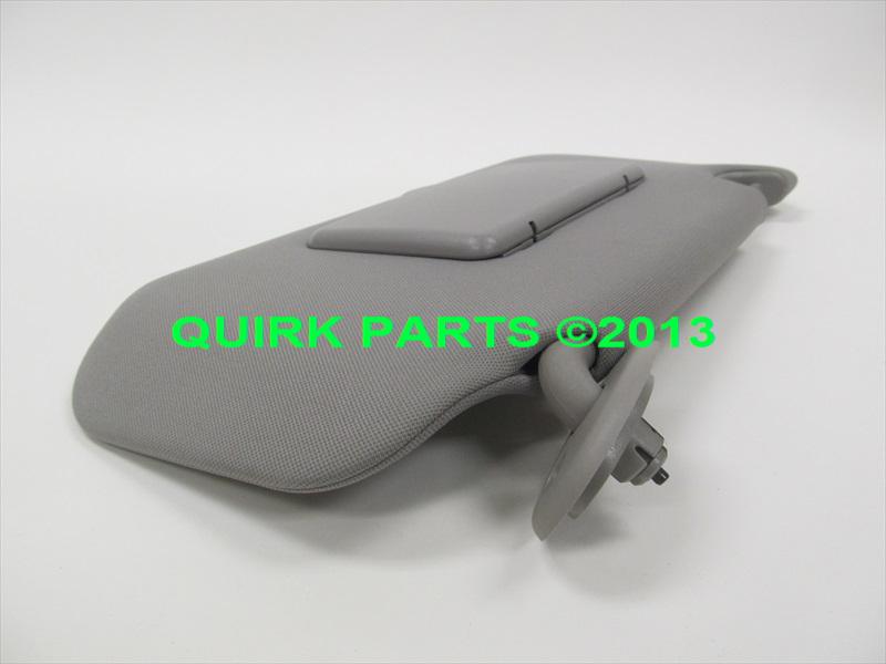 Chevy Equinox Amp Pontiac Torrent Gray Rh Sun Visor W